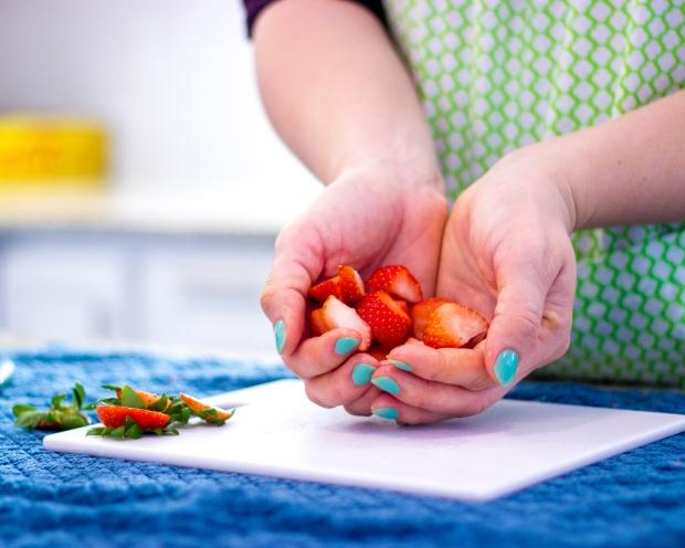 Best Way to Cut Strawberries