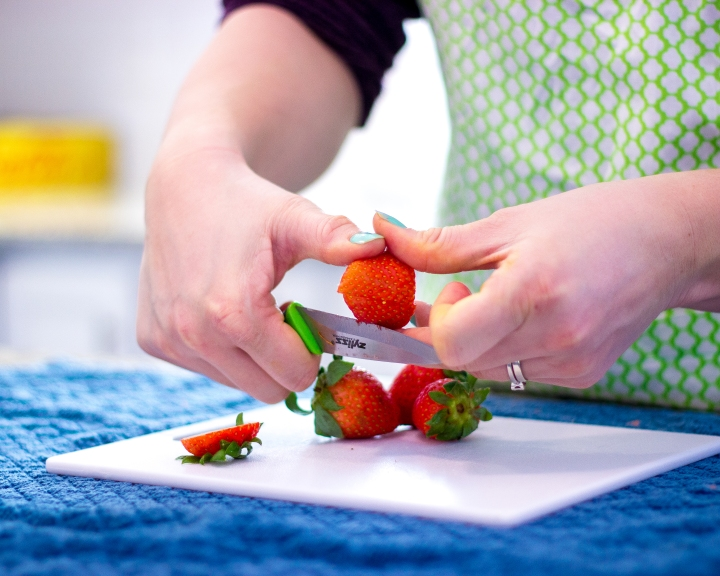 Best Way to Cut Strawberries