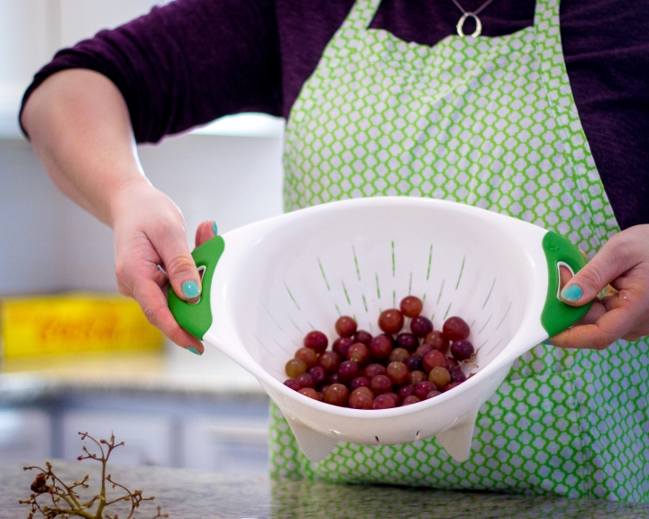 fastest way to remove stems from your grapes