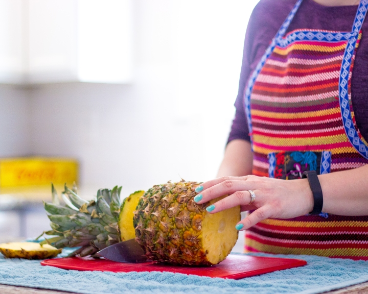 how to cut a pineapple fast