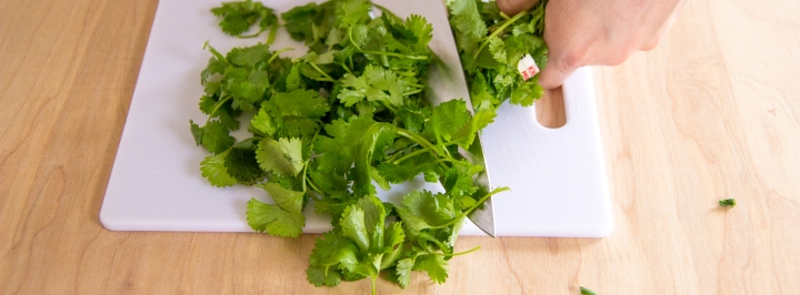 How to Clean and Chop Cilantro